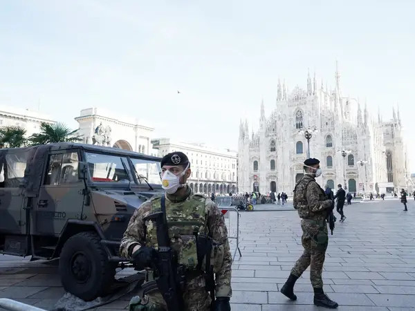 An Italian soldier in Duomo Square on February 24,2020, in Milan. Is Italy at war? © Stefania D'Alessandro/Getty