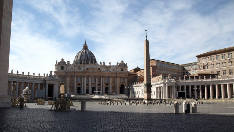 An empty St. Peter's Square in Vatican City on March 12, 2020, in Rome. © Photo by Federico Manzoni