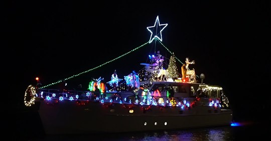 Lake Pontchartrain Holiday Boat Parade